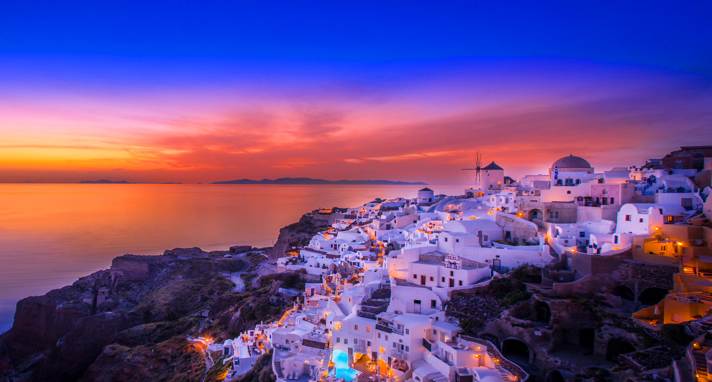 Santorini the agenda from tablet hotels travel for Tablet hotel deals