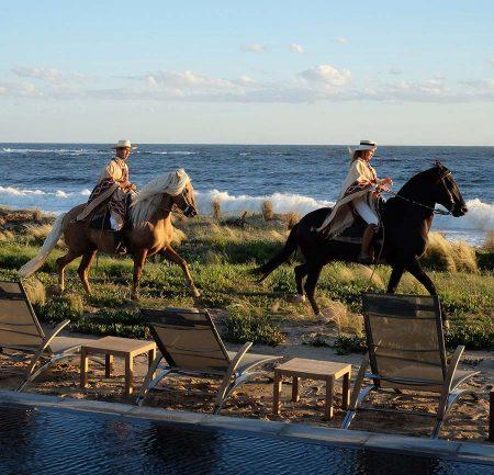 Spiaggia Hotel 5 Stelle - Bahia Vik - Tablet Hotels